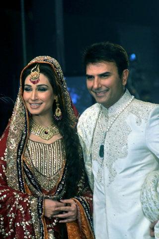 Stunning Hassan Sheheryar Yasin Hsythe New Life For The Next Generation With Reema Khan Wedding Dress